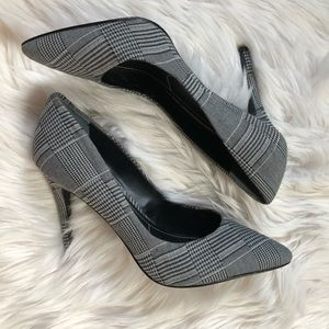Charles by Charles David houndstooth pointed heels